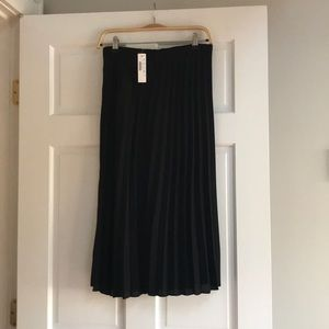 Jcrew black pleated skirt
